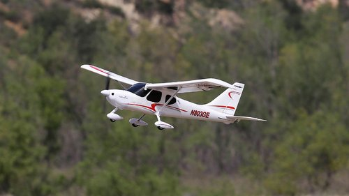 RC Flugzeug Glasair Sportsman S+ mit SAFE-Plus-Technologie
